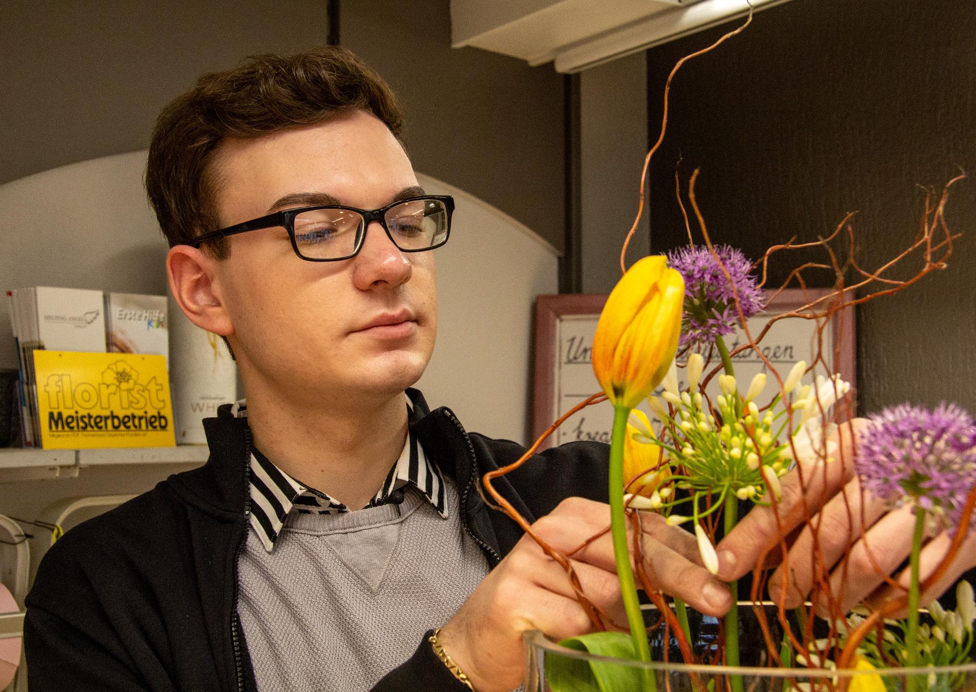 Mdr Garten Fünf Sendungen Mit Unserem Youngster Blumen Heyn